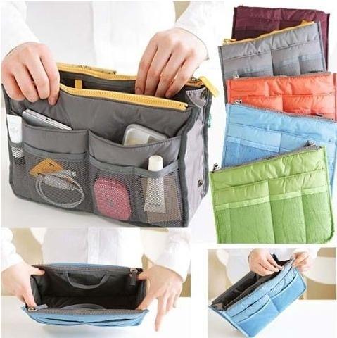 765c9128aa63 Новая вместительная модель подойдет молодым девушкам предпочитающим  современные сумки-авоськи и деловым женщинам, выбирающим большие  вместительные сумки, ...